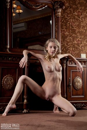 Nude anorexic pics - 16